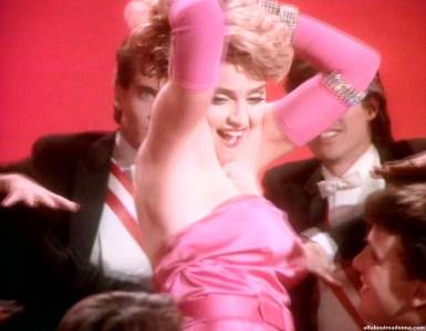 madonna-material-girl-video-cap-0056